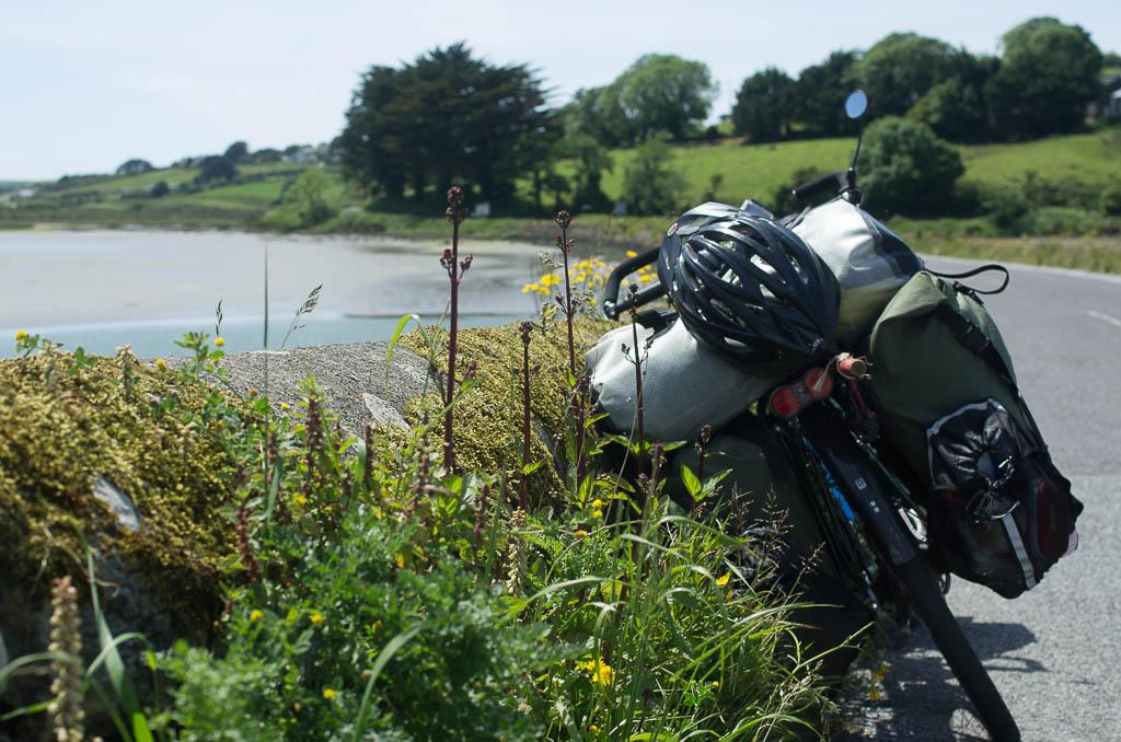 Le vélo se repose un peu, tout comme le cycliste.