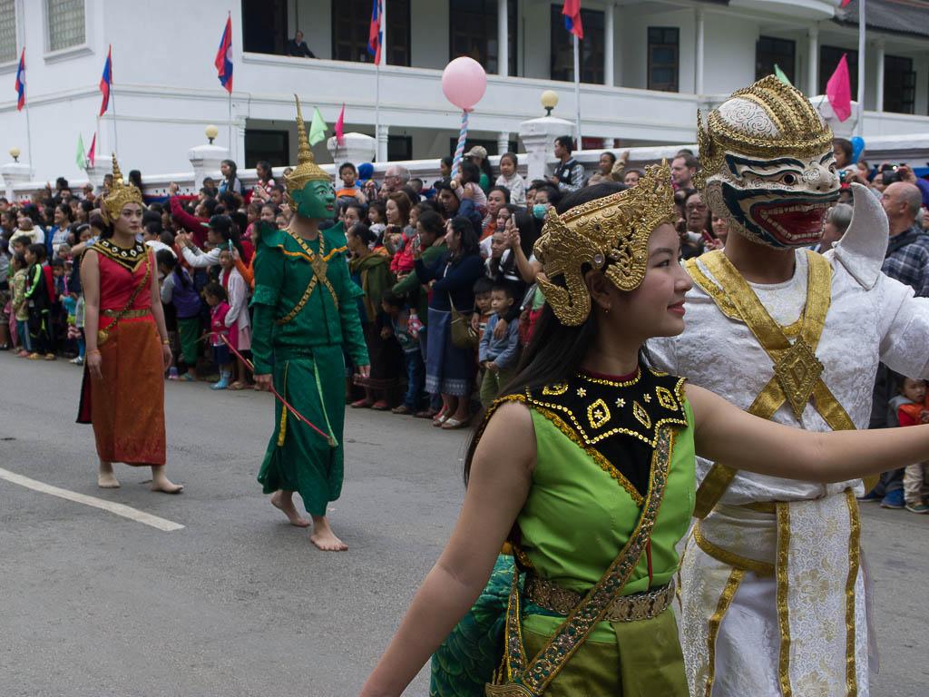 Défilé dans Luang Prabang