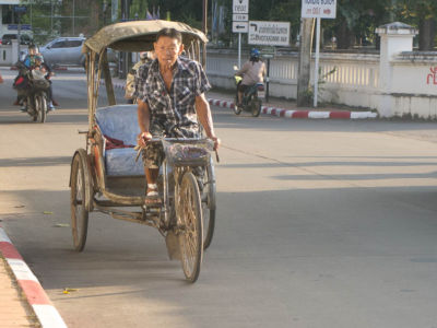 Tricycle à Nan