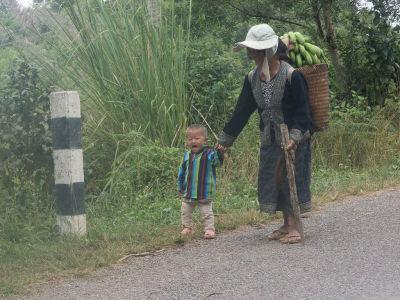 Sur la route de Phonsavan