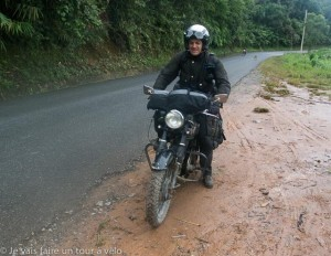 Un motard anglais.... une des plus sympathique rencontres de ce voyage