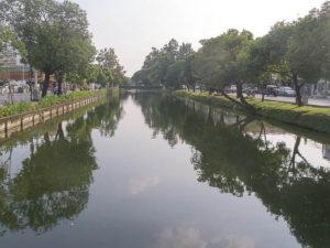 Le centre historique de Chiang Mai est encerclé par un canal.