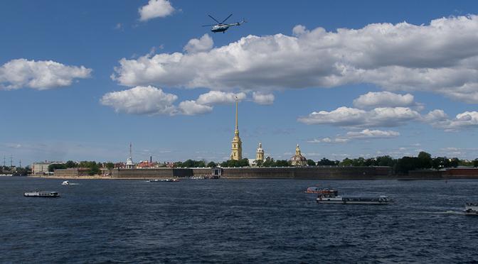 De Narva à Saint-Pétersbourg en passant par Peterhof.