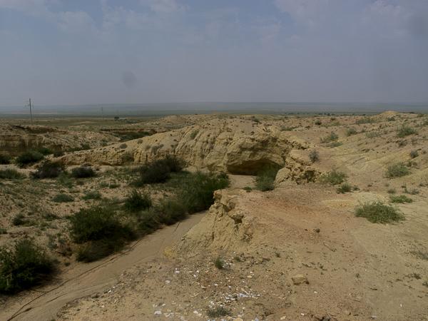 Superbe paysage semi-désertique entre Shayshand et Zamiin-uud