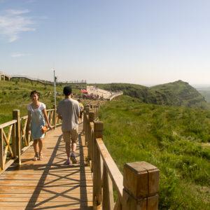 Sur la route touristique : des belvédères permettent d'admirer le paysage